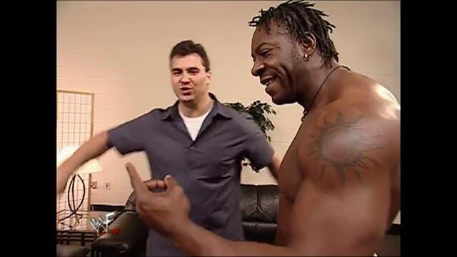 Shane McMahon backstage Booker T (Raw 24.09.2001)