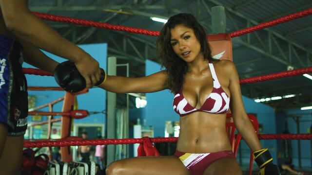Muay Thai with Mariana Fernandes